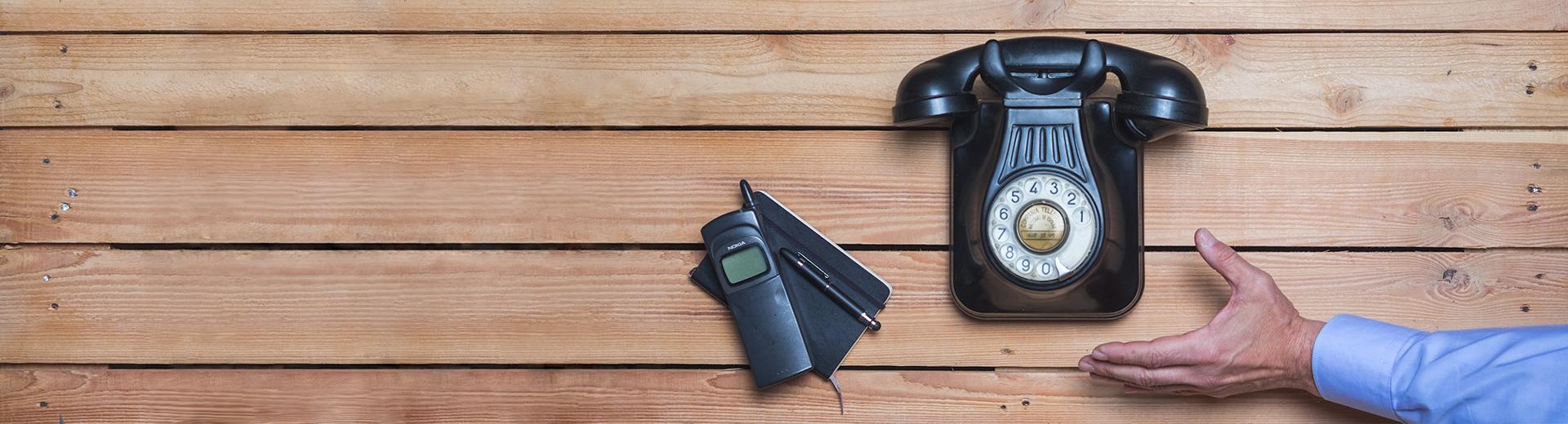 Teléfono 1920X520